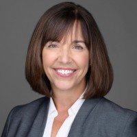 MaryBeth Donovan VP of Global CS Operations, VMware